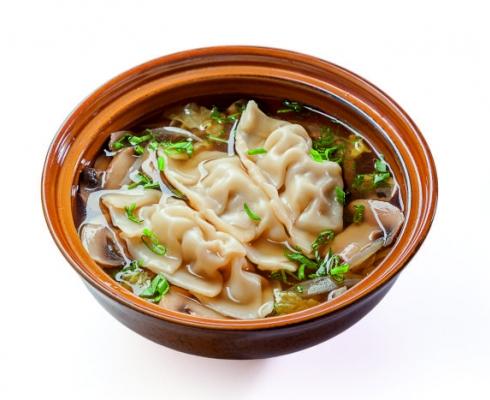 Суп с гедза со свининой